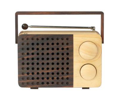 MAGNO wooden radio . eco design